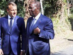 Les presidents Macron et Ouattara