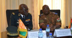 Les deux chefs d'etat major Généraux des armées burkinabè et ivoirienne