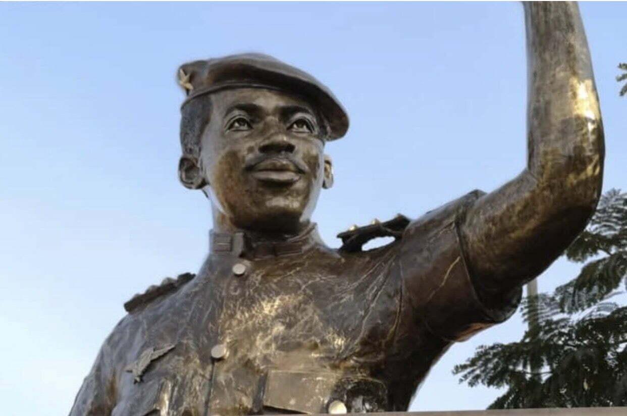 La statue de Thomas Sankara dévoilée de nouveau, encore sur fond de polémiques