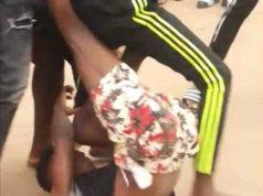 Capture d'écrans des combats à mains nues des adolescents dans la rue de Ouagadougou