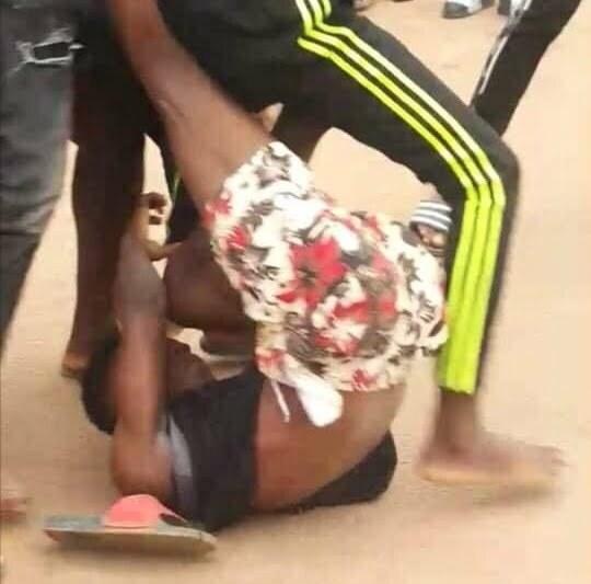 Ouagadougou: la police interpelle plusieurs adolescents après des combats à mains nues dans les rues