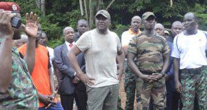 Le Ministre d'Etat ivoirien de la defense Hamed Bakayoko et des soldats ivoiriens