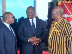 Le nouveau Premier Ministre ivoirien Hamed Bakayoko avec Alpha Barry,chef de la diplomatie Burkinabè et le Président Roch Kabore. Crédit Photo,Ministre Alpha Barry page facebook