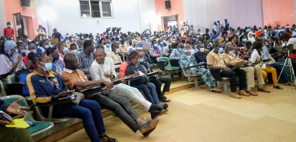 Université de la jeunesse de l'institut FREE Afrik : la problématique du développement de l'Afrique pour commencer