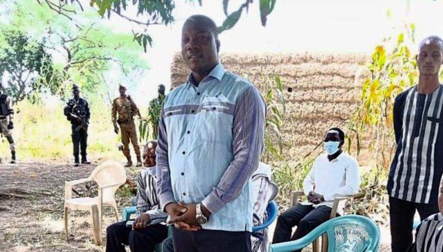 Le Gouverneur de la région du Sud-Ouest, Emmanuel Zongo à Kpélé commune de Malba