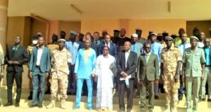 Photo de famille des autorités à la rentrée solennelle à l'Académie de police