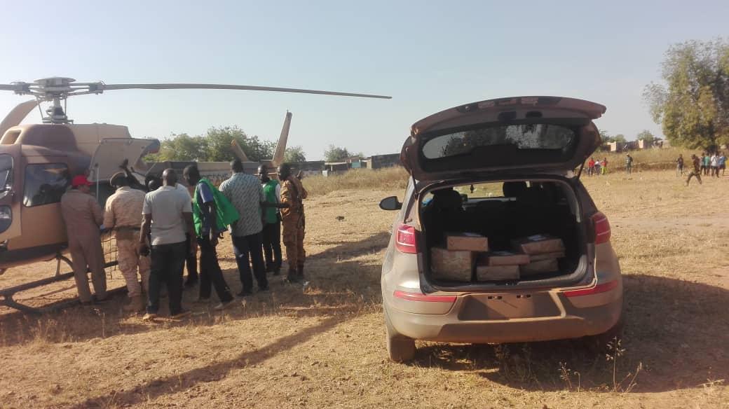 Koulpélogo, Centre-est : l'armée convoie le matériel électoral par voie aérienne pour la commune de Comin-Yanga