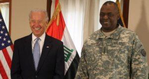 Le Président élu Joe Biden et l'ex général Lloyd Austin chef du Pentagone