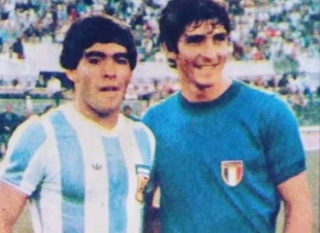 Diego Maradona et Paolo Rossi deux légendes du football décédées en moins d'un mois