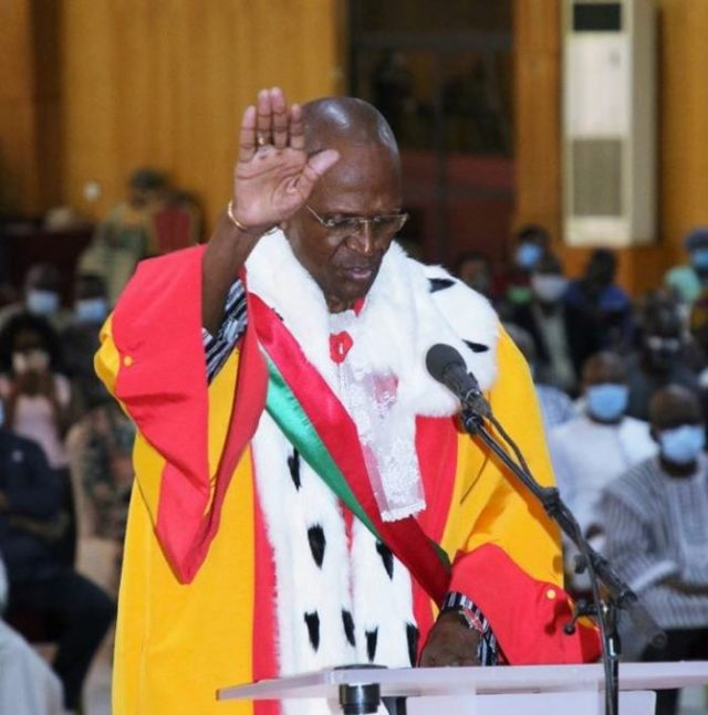 Prestation de serment de trois nouveaux membres du Conseil constitutionnel