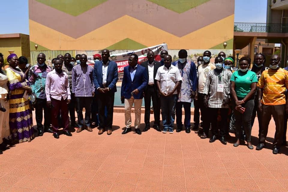 Burkina Faso: Des journalistes formés contre les fausses nouvelles sur la COVID19