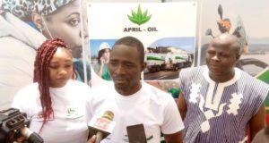 April Oil don sang